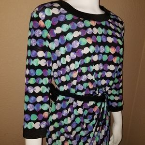 Cute circle color designed dress size 12 by Taylor